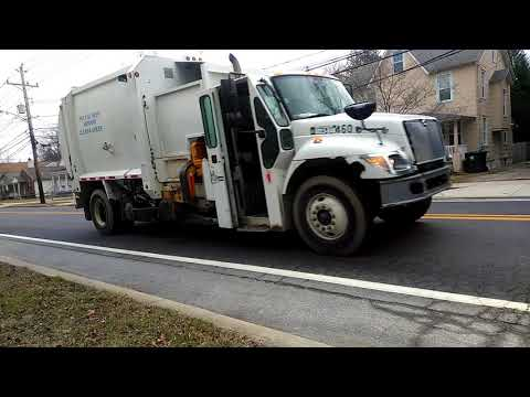 City of newark Delaware garbage truck