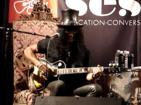 slash plays blues