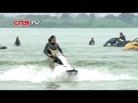 摩托艇江苏狮王争霸 / Motorboat racing in Yixing, Jiangsu