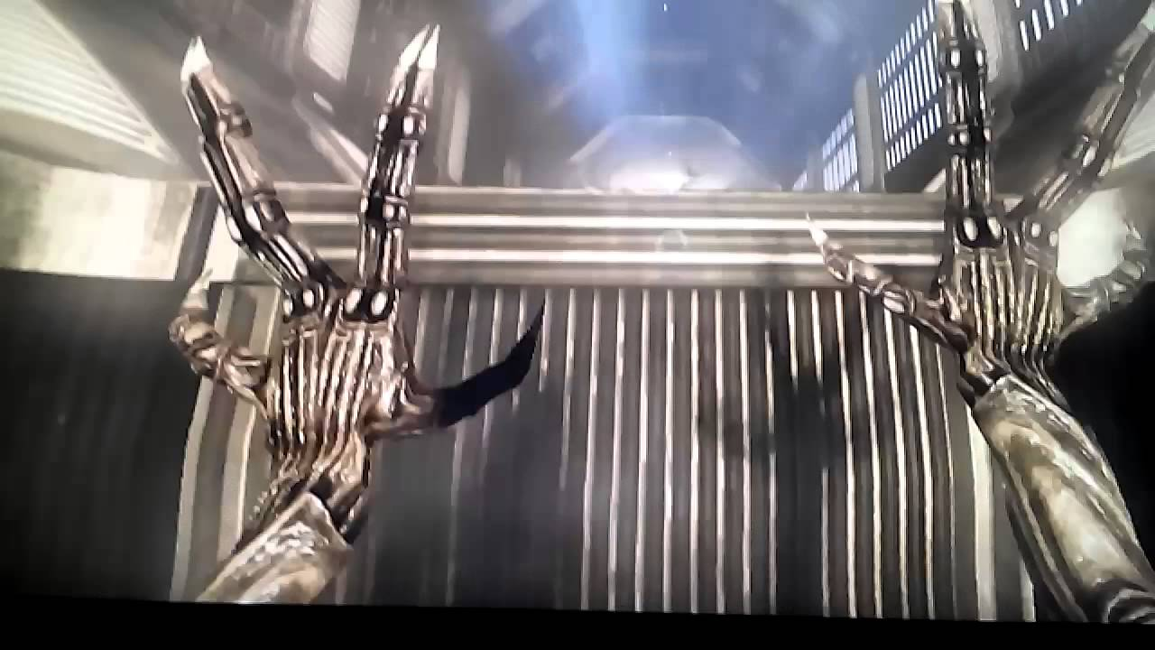 Aliens Vs Predator - Funny Moments #2 - YouTube