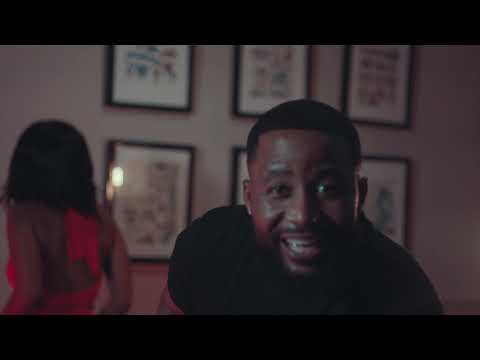 Kammu Dee ft Cassper Nyovest ,Semi Tee and Miano -Siya Trenda(Official Music Video)