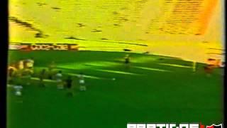 1987-88 - Campeonato Argentino - Fecha 28 - Talleres Cba 1 - 1 Newell