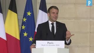 """Emmanuel Macron veut """"des mesures dissuasives"""" pour les Français tentés d'aller skier à l'étrang"""