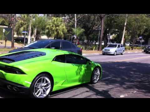 Green Lamborghini Huracan Aceleranting in São Paulo Brazil!