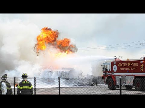 Tanker fire shuts down I-25 in Denver Tech Center: Raw video