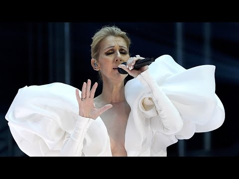 "The Internet EXPLODES Over Celine Dion's Epic Performance Of ""My Heart Will Go On"" At The 2017 BBMAs"