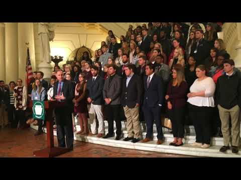 College students make a case for increasing state grant funding