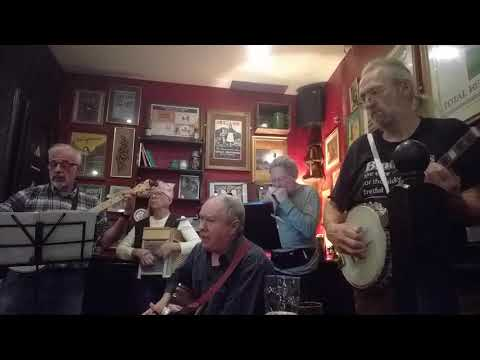 Milwaukee Blues at Molly Malone's, Bordeaux.mp4