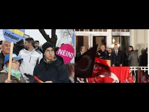 Mevlüt Çavuşoğlu Hamburg'da hem alkışlandı hemde protesto edildi!