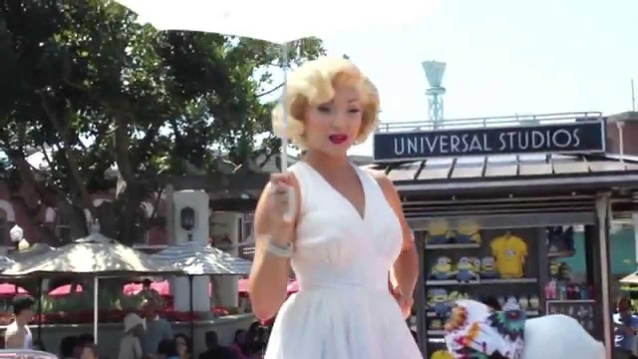 Marilyn Monroe Imitation