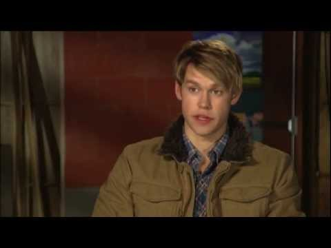 GLEE: Hold On To Sixteen - Sneak Peek - (Dec. 9th) - The Return of Trouty Mouth
