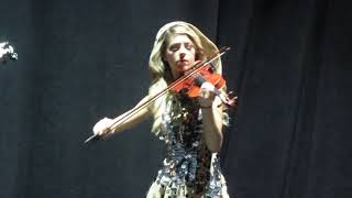 "Lindsey Stirling    ""Hallelujah"""