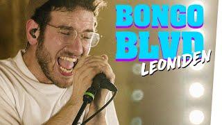 Band LEONIDEN schwitzt im Auge: Live Überraschung mit Chor in Berliner Kneipe