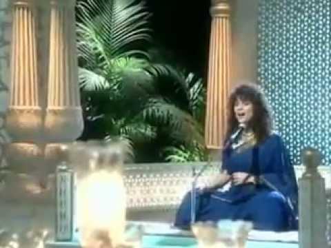 Unke Bazm-E-Khamoshi-O-Ne Peenaz
