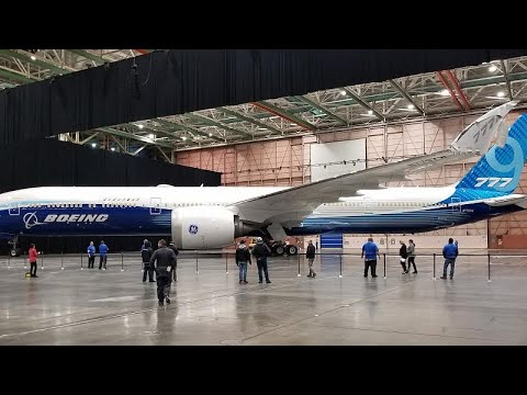 شاهد: طيران الإمارات تقلص طلبياتها لدى بوينغ وتستبدل 30 طائرة -777 اكس-…  - نشر قبل 1 ساعة