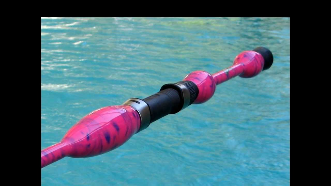 Ladie 39 s most amazing split grip pink purple spinning rod for Pink fishing rod