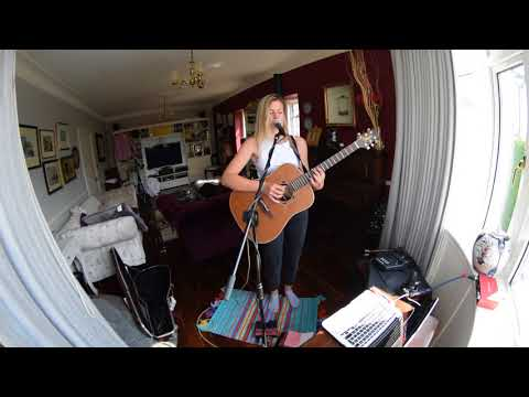 Lucy Robinson Without Me / Juicy - Eminem / Notorious BIG acoustic cover