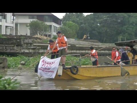 في يوم التنظيف العالمي.. متطوعو بانكوك يبدأون العمل من أنهارها