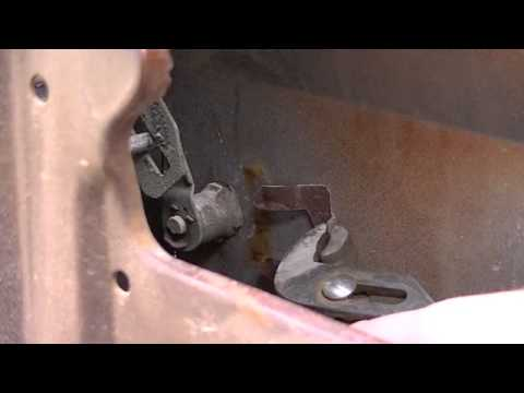 Gm Door Lock Cylinder Removal Chevy C10 Youtube