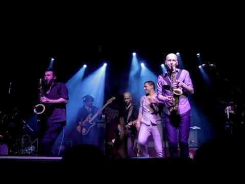 Balkan Beat Box - Look Like You / encore call (Live in New York) | Moshcam