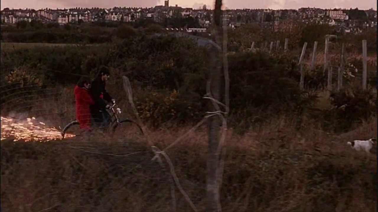 Submarine film Oliver ... Gerard Butler