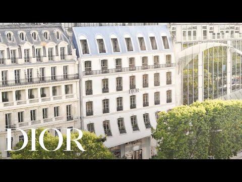 Dior Opens New Boutique In Paris