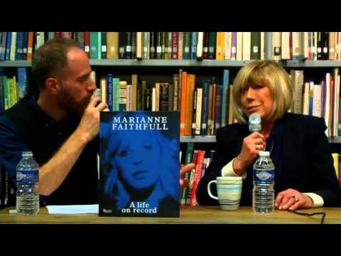 Marianne Faithfull @ The American Library in Paris | 16 September 2015