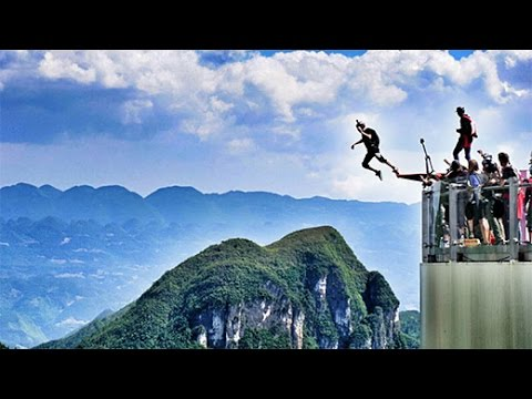 American Daredevils Win Base-jumping Competition In SW China