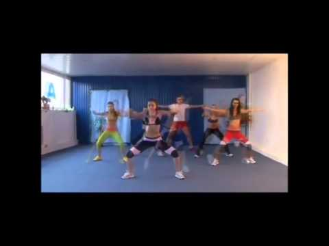 How Sexy Girls Having Aerobics Dance Workout to...