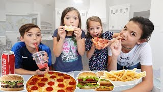 Download Last To EAT Food WINS $500! Last To LEAVE With Their FOOD WINS!! Mp3 and Videos