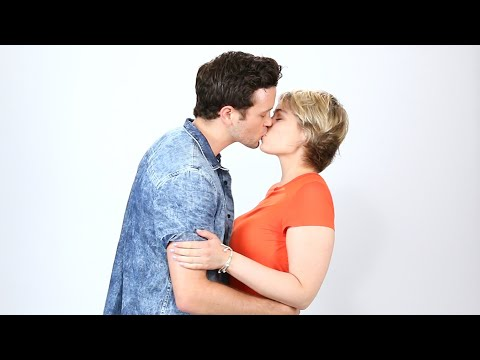 Thumbnail: Exes Kiss For The First Time Since Their Breakup