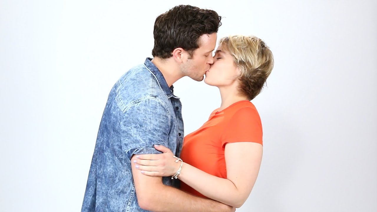 Exes Kiss For The First Time Since Their Breakup Youtube