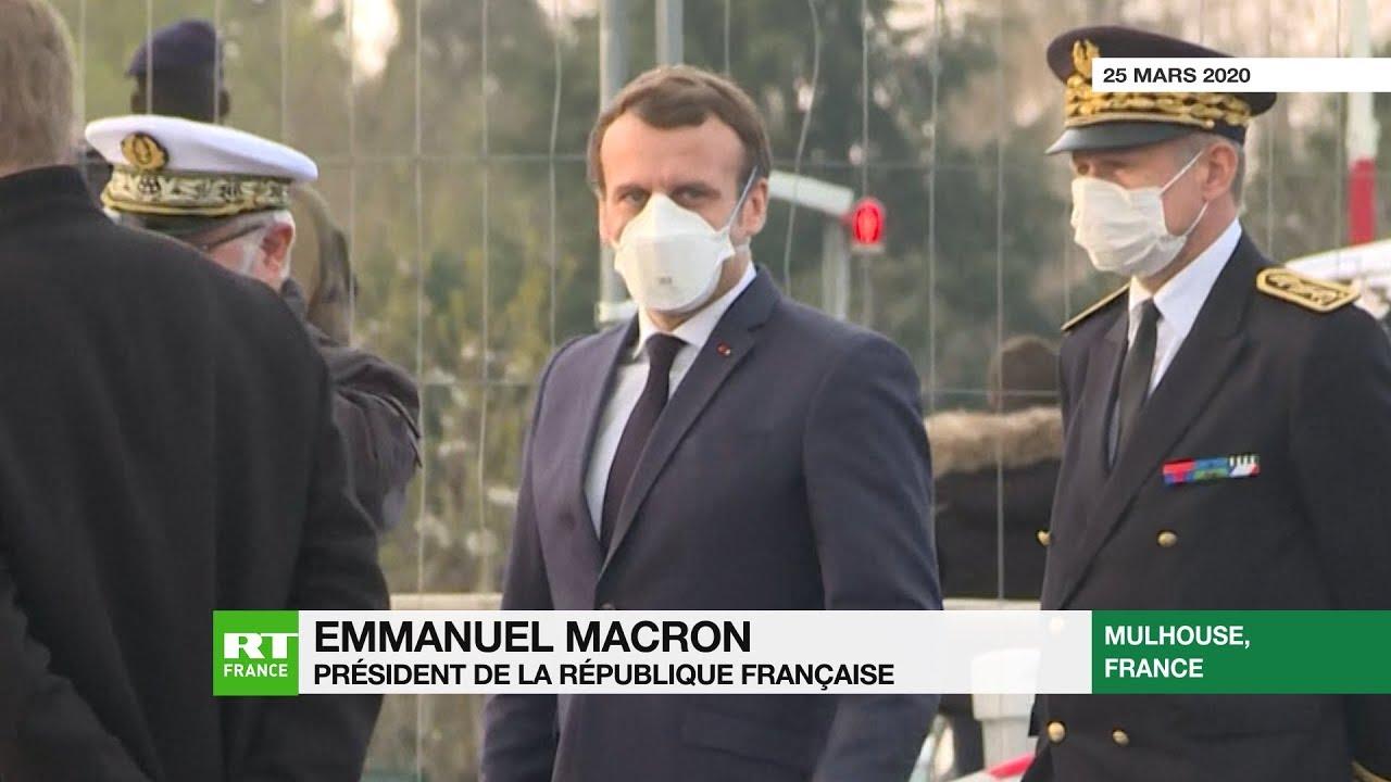 France : Macron en visite à Mulhouse n'oublie pas de porter un masque