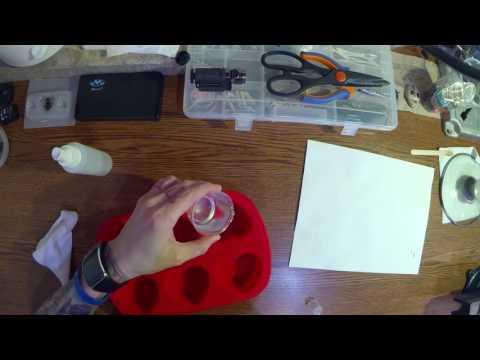 DIY | Mantis Resin Pendant Tutorial