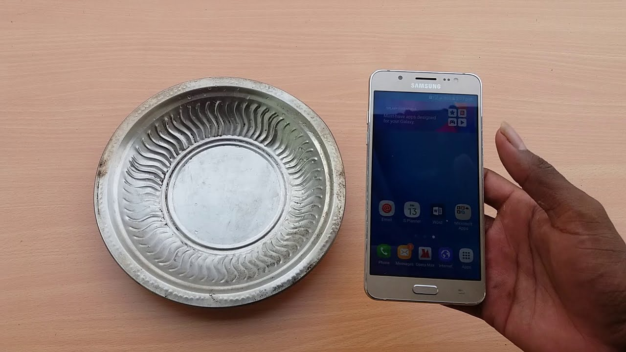big sale b2892 10ba1 Samsung Galaxy J7 2016 Water Test - It's Waterproof ?