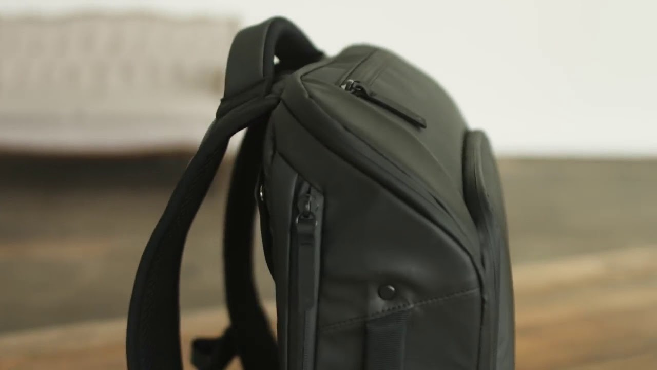 NOMATIC BACKPACK AND TRAVEL PACK(PRE-OPEN) - YouTube a6b352d19f241