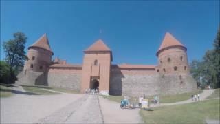 MONDO PICCOLO || Il castello di Trakai in Lituania. Ep. 11(LEGGI TUTTO*** Un piccolo video dell'avventura lituana, alla scoperta dell'antico castello di Trakai, recentemente ristrutturato dopo anni di abbandono., 2016-08-20T08:16:26.000Z)