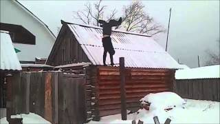 Демонтаж Турника Видео из +100500(Приколы +100500., 2014-05-13T21:11:20.000Z)