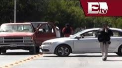 Hallan sin vida a 2 agentes en la carretera Nuevo Laredo-Monterrey/ Titulares de la tarde
