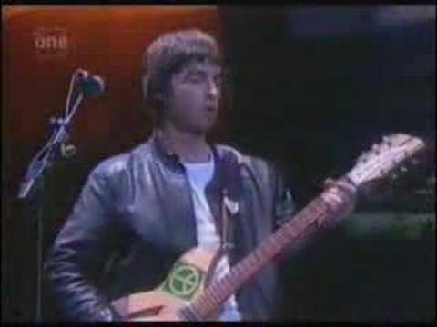 Oasis - Who feels love? (live)