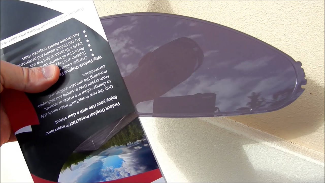 adc729bb Pinlock protecTINT Anti-fog Photochromatic Visor Insert - YouTube