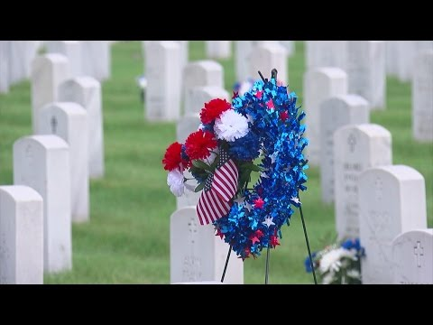 Fort Snelling Nat'l Cemetery Prepares For Memorial Day Ceremony