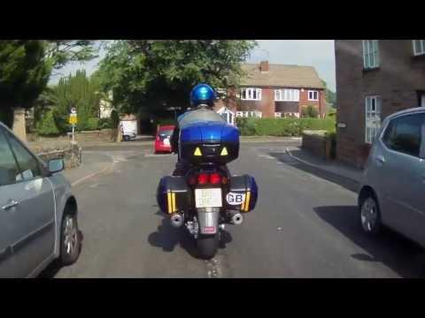 Advanced Motorcycle Riding - Shoulder Check / Life Saver