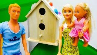Поделки: Барби и Штеффи сделали красивый скворечник!