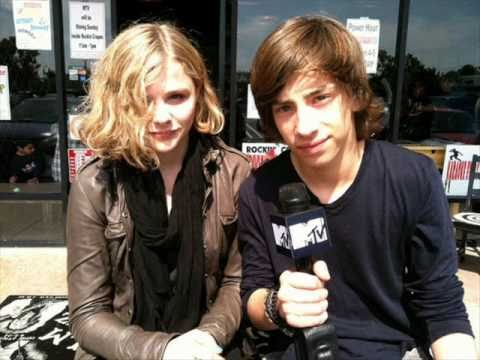 Chloe Grace Moretz & Jimmy Bennett At The Los Angeles ... |Chloe Grace Moretz And Jimmy Bennett