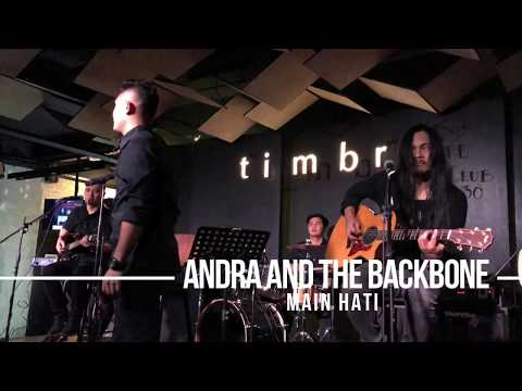 Andra And The Backbone - Main Hati | Live at Timbre KL