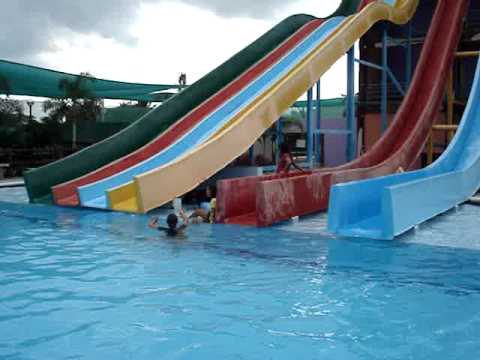 red oaks water park application