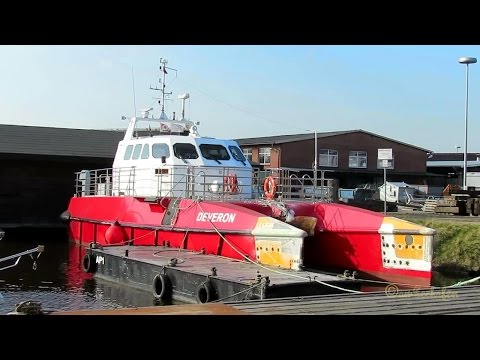 offshore highspeed craft DEVERON MRDT8 MMSI 235066258 crewboat in Emden