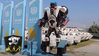 """高3米重3.6吨 中国维和部队用废旧物品制造""""高达"""" 军迷天下"""