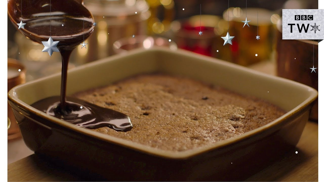 Sticky toffee pudding nigella at my table christmas bbc two sticky toffee pudding nigella at my table christmas bbc two forumfinder Choice Image